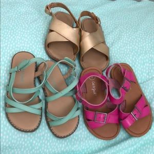 Bundle of toddler size 7 sandals.